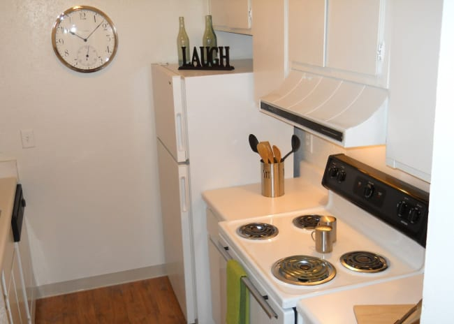 Kitchen amenities at The Residences at Stonebrook in Nashville, Tennessee