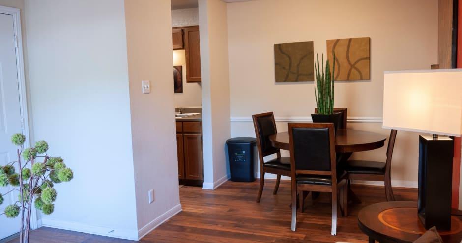 Dining room at Promenade at Valley Ridge in Irving, Texas