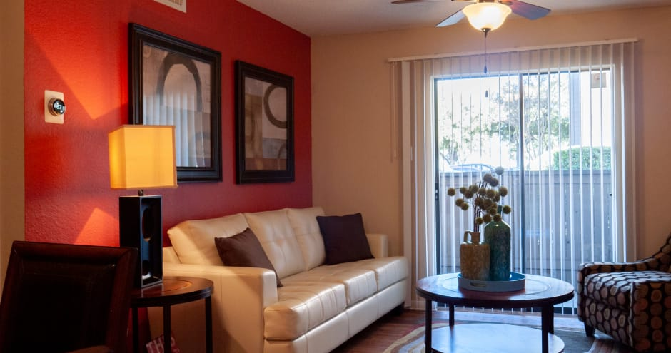 Living room with modern decor at Promenade at Valley Ridge in Irving, Texas