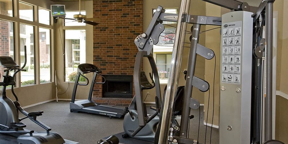 The fitness center at Woodscape Apartments in Oklahoma City, Oklahoma