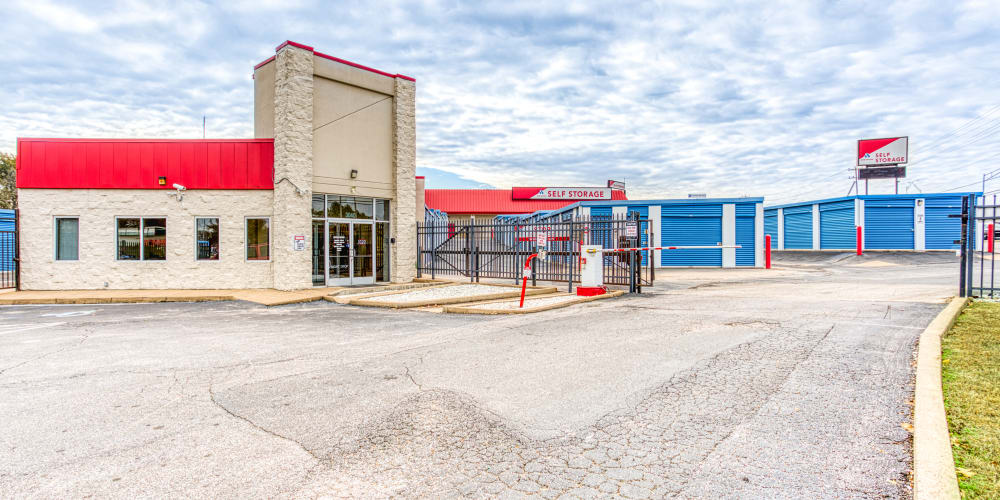 Entry into Devon Self Storage in Memphis, Tennessee