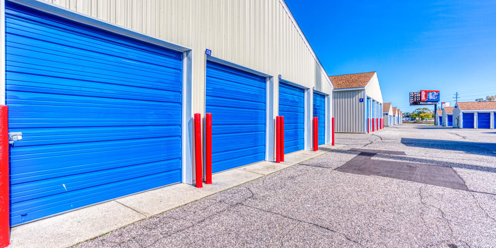 Roll-up doors of self storage units in Jenison, Michigan at Devon Self Storage