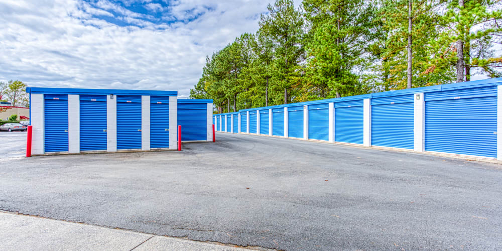 Variety of self storage units at Devon Self Storage in Charlotte, North Carolina
