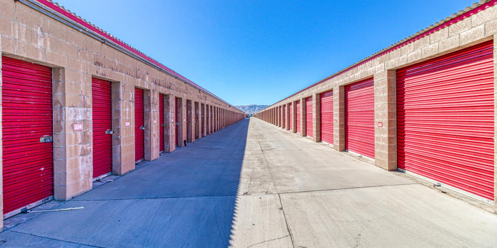 Wide driveways and a variety of self storage units at Devon Self Storage in Apple Valley, California