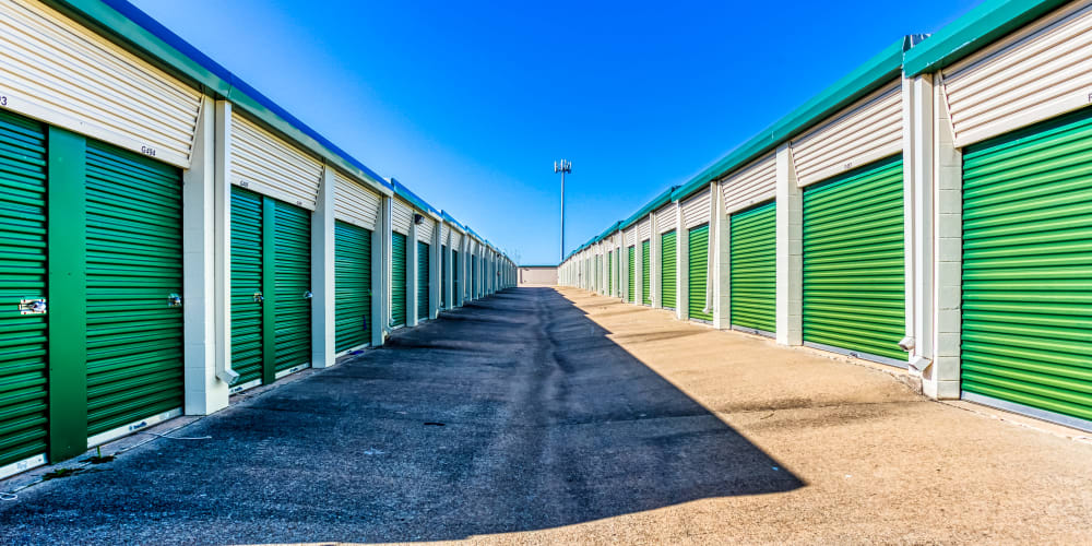 Open driveways at Devon Self Storage in Sherman, Texas
