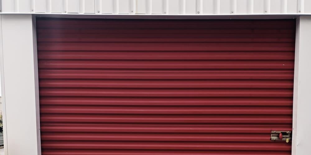An exterior storage unit at Devon Self Storage in Memphis, TN