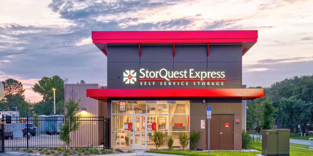 Exterior facade of the main office at StorQuest Express - Self Service Storage in Sonora, California
