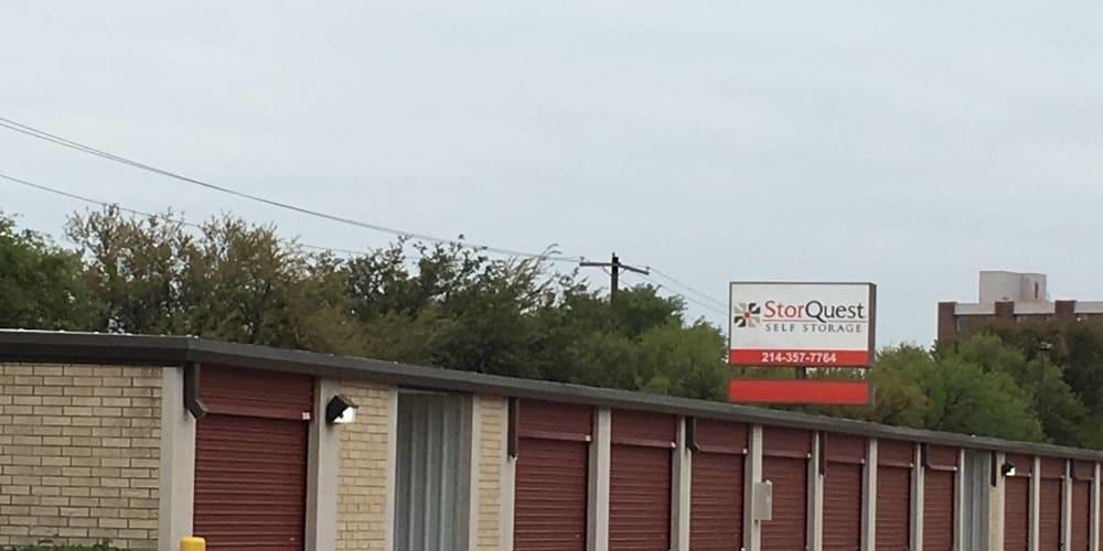 Exterior units at StorQuest Self Storage in Dallas, Texas