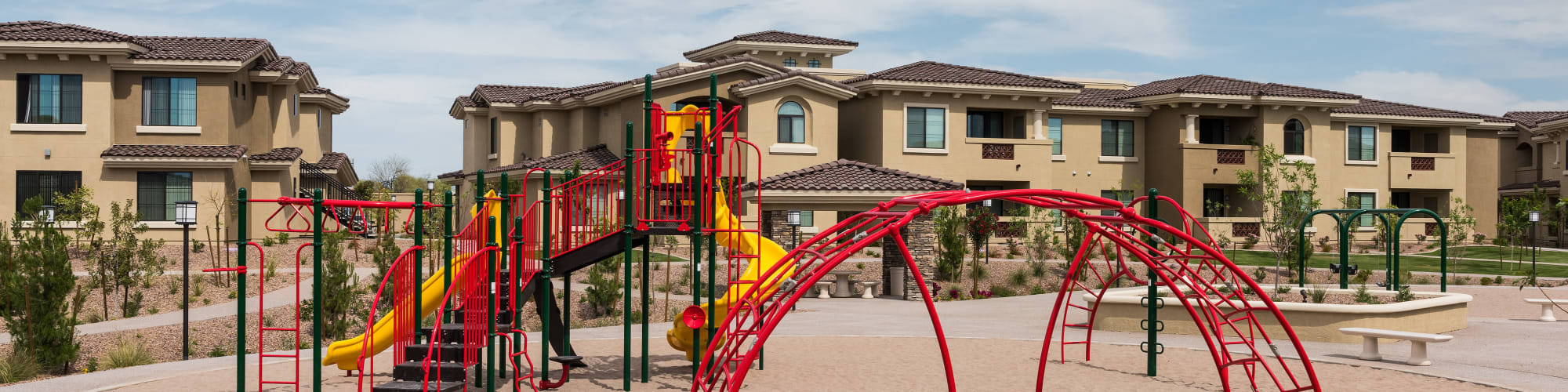 Apply to live at San Valencia in Chandler, Arizona