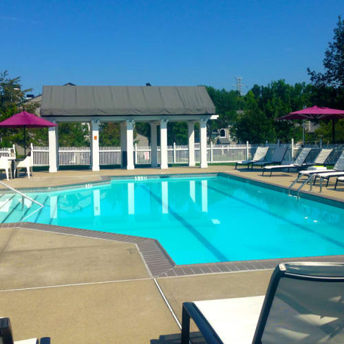 View the amenities at Steward's Crossing Apartment Homes in Lawrenceville, New Jersey