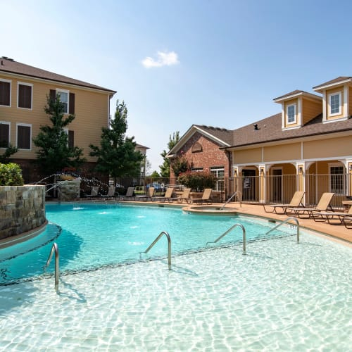 View amenities at Cantare at Indian Lake Village in Hendersonville, Tennessee