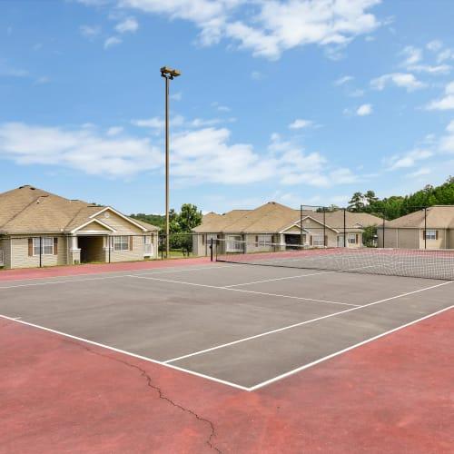 Hunter's Run offers a tennis court in Macon, Georgia