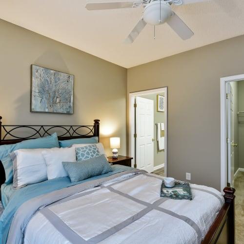 Master bedroom at Hunter's Run in Macon, Georgia