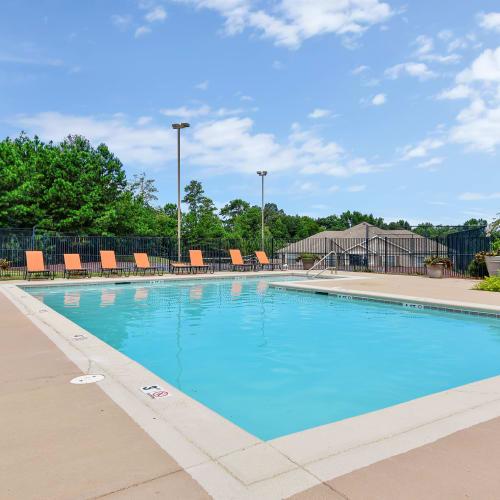 Hunter's Run offers a swimming pool in Macon, Georgia