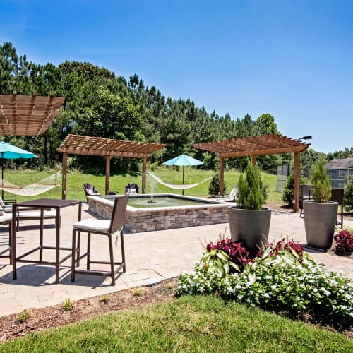 Image link to amenities page of The Flats @ 55 Twelve in Durham, North Carolina