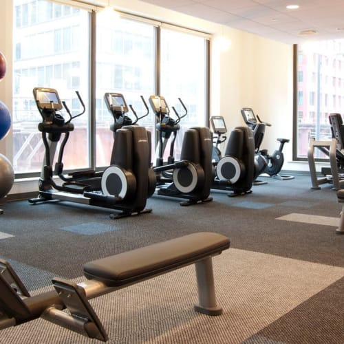 Fitness center at INFINITE Outdoor in Chicago, Illinois