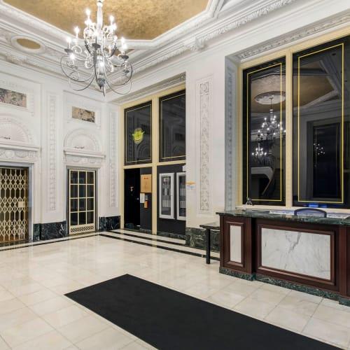 Lobby area at INFINITE ni Chicago, Illinois