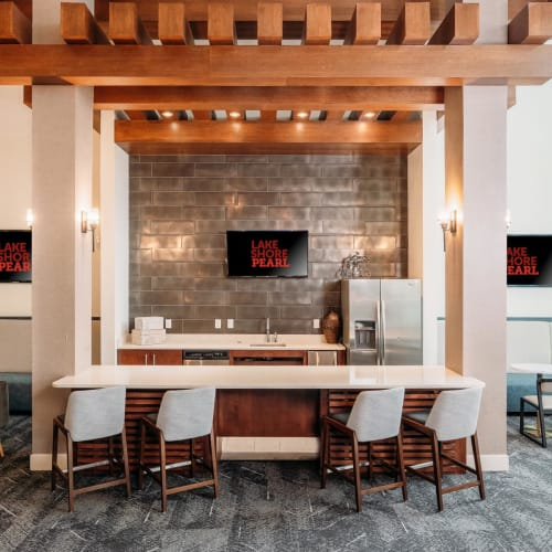 Leasing area in the lobby at Lakeshore Pearl in Austin, Texas