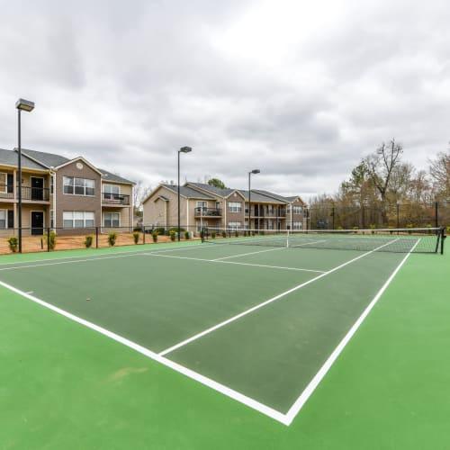 Community Tennis Court at 900 Dwell in Stockbridge, Georgia