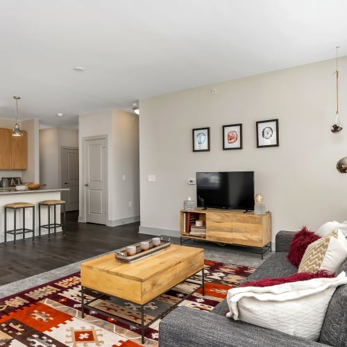 Living room and kitchen at Gantry Apartments in Cincinnati, Ohio