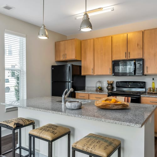 Kitchen with great appliances at Gantry Apartments in Cincinnati, Ohio