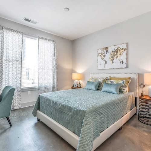 Large windows in a bedroom at Gantry Apartments in Cincinnati, Ohio