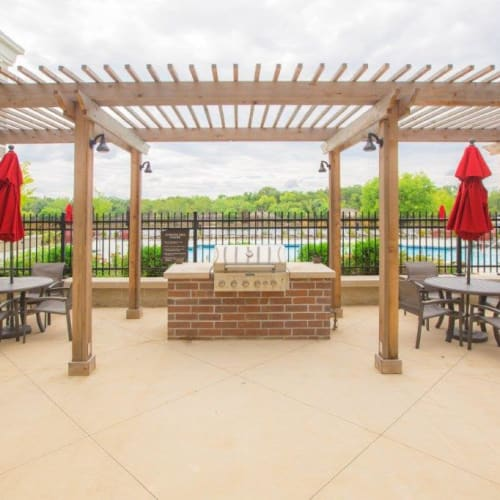 Outdoor meeting space and hangout area at Latitude at Deerfield Crossing in Mason, Ohio