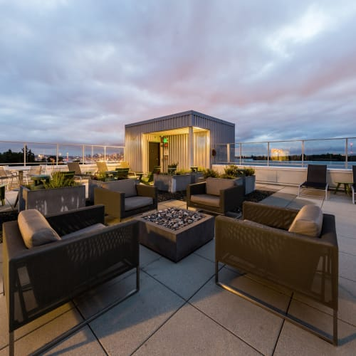 Rooftop lounge at Marq West Seattle in Seattle, Washington