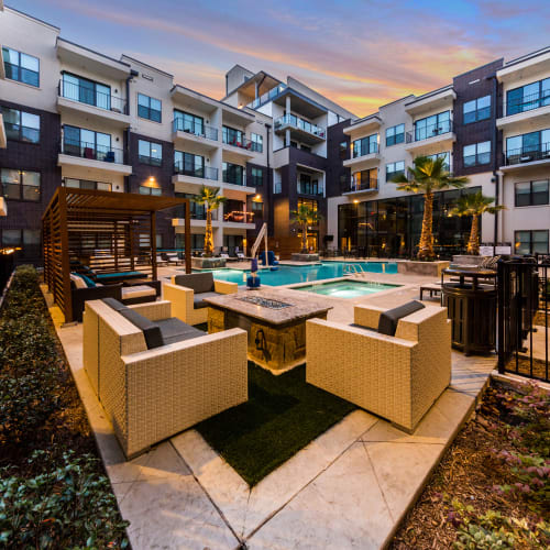 Resident Referral Bonus at Marq 31 in Houston, Texas