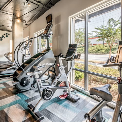 Fitness center at Skyline West in Atlanta, Georgia