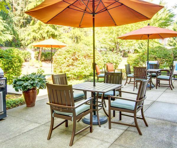 Bridgeport Place Assisted Living senior living patio