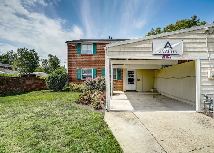 Resident carport and building at Avalon Townhomes in Hampton, VA
