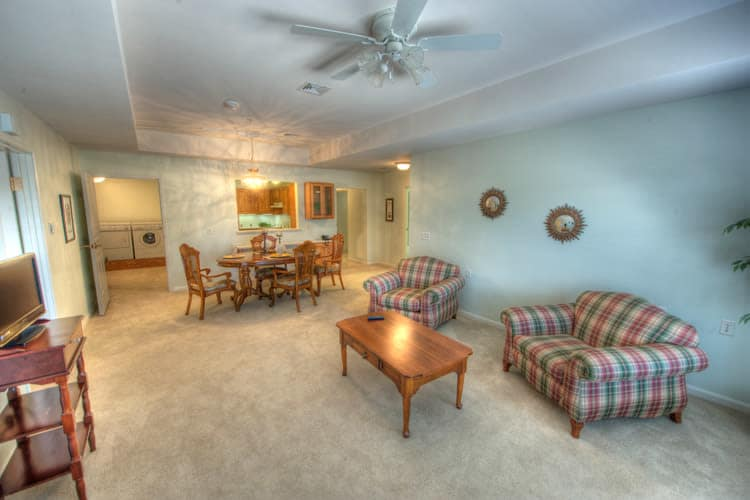 Ample living space at Residence 600 senior apartments