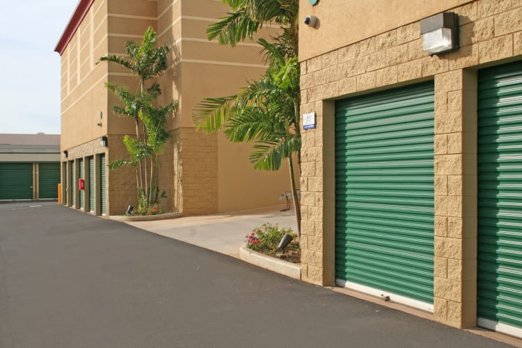 We've got drive-up units and more at Hawai'i Self Storage in Kapolei