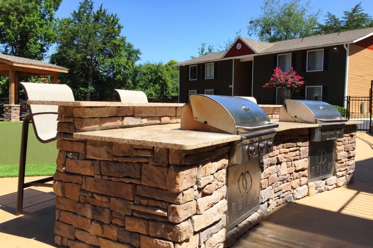 BBQ lovers will enjoy our multiple outdoor grilling stations at Abbots Glen