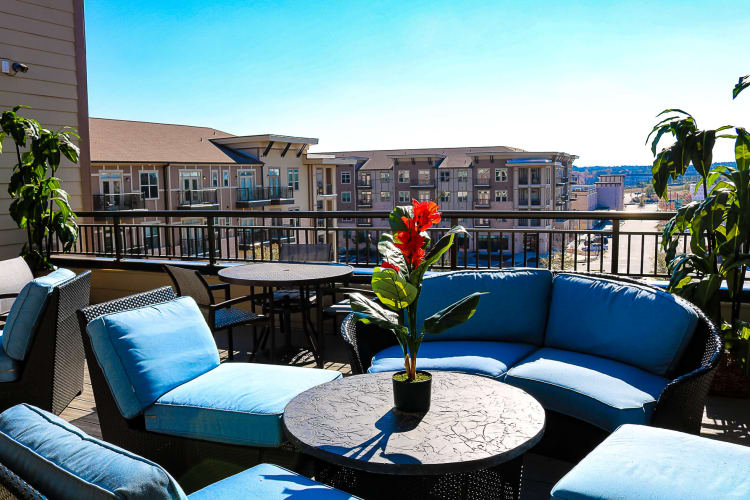 Bradford Luxury Apartments & Townhomes patio brazier