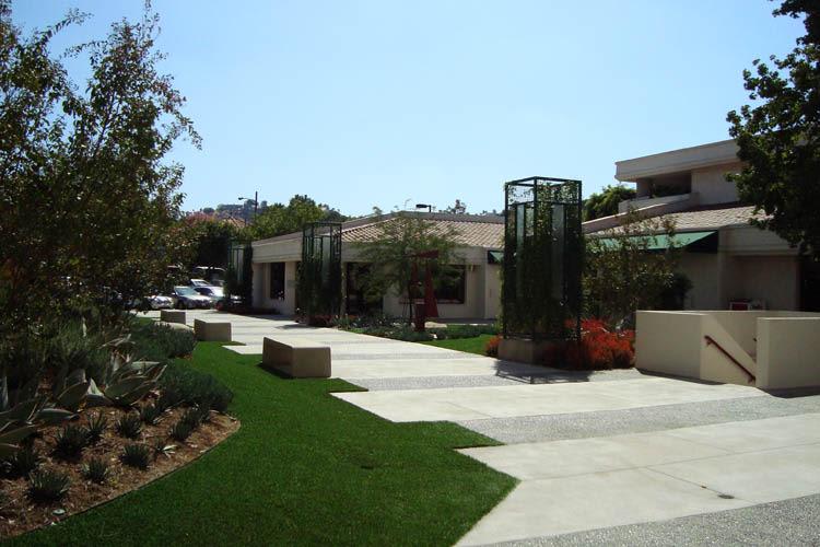 Walkways at Calabasas Square in Calabasas, California