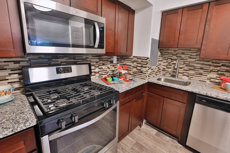 Modern kitchen at The Reserve at Greenspring in Baltimore, MD
