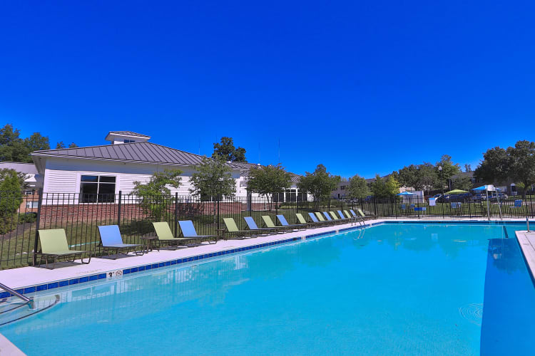 The Townhomes at Diamond Ridge offers a swimming pool in Baltimore, MD