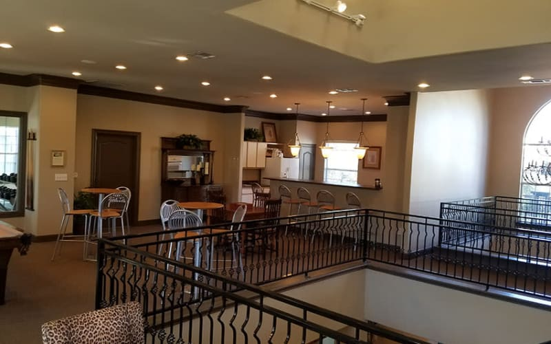 Lounge area at Trails at Eldridge Parkway in Jersey Village