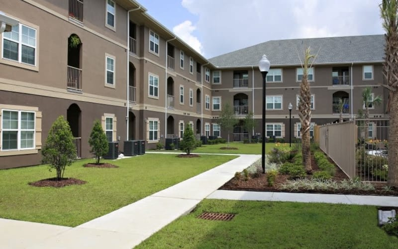 Exterior view of the apartment homes at North Shore Apartment Homes in Slidell, Louisiana