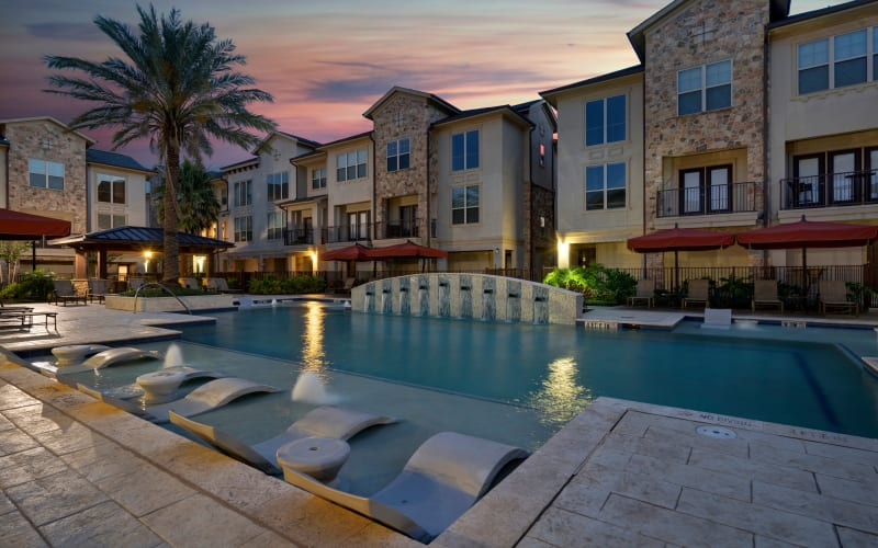 Resort-style swimming pool at Arrabella in Houston, Texas