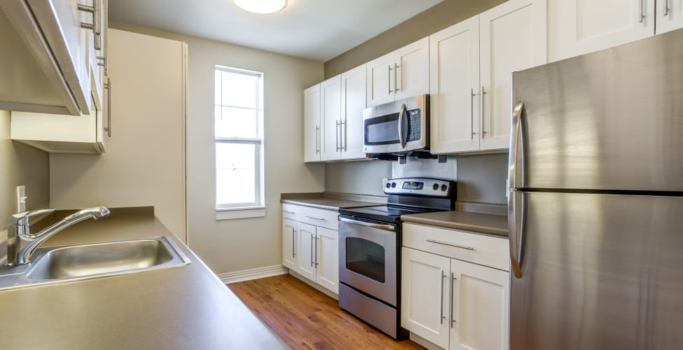Fully equipped Kitchen room at Rosemont Square Apartments in Randolph, MA