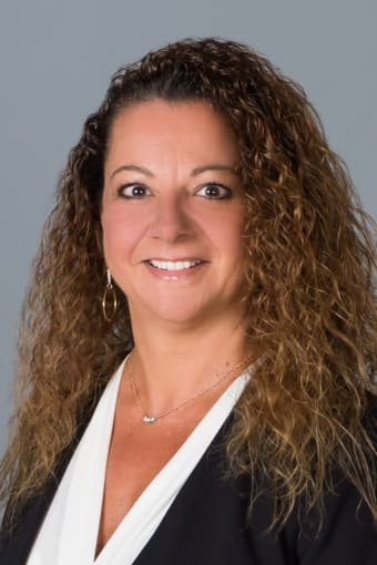 Meet Donna, director of interior design at Discovery Senior Living in Bonita Springs, Florida