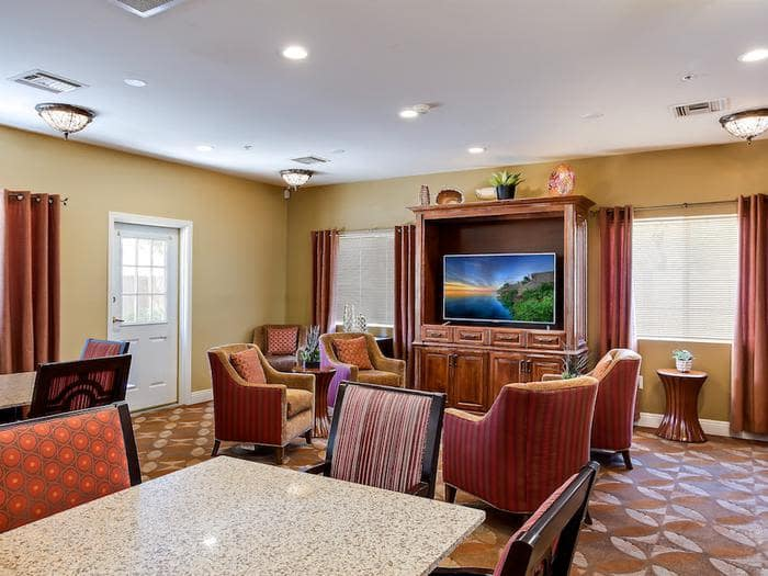 Pacifica Senior Living Tucson offers a dining area in Tucson, AZ