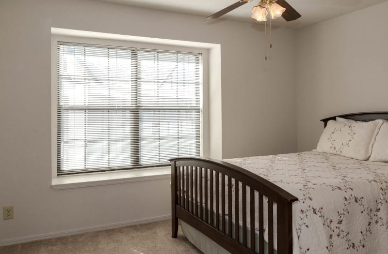 Master bedroom at Country Club At Woodland Hills in Tulsa