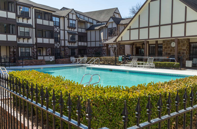 Poolside Seating at Country Club At Woodland Hills in Tulsa