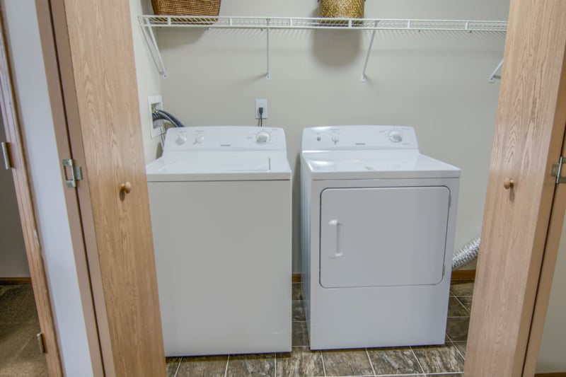 Modern apartments with energy-efficient appliances in Groveport, Ohio