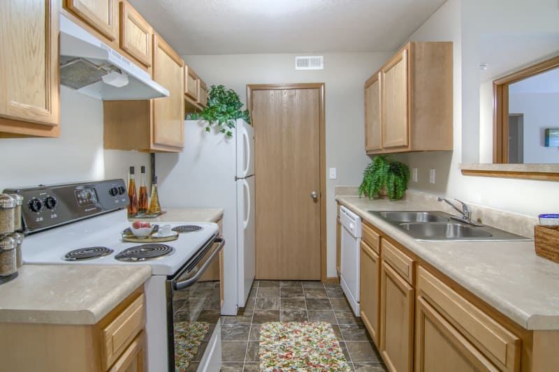 Luxury kitchen at Winchester Park in Groveport, Ohio