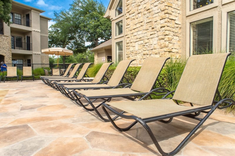 Lounge chairs at The Aidan in Lewisville, Texas